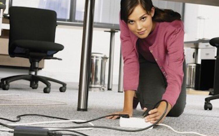Cum sa ascunzi cablurile electrice din casa