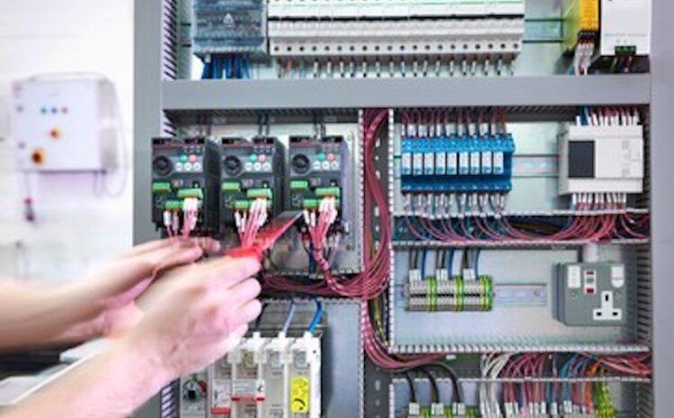 Inlocuirea sau schimbarea unui tablou electric industrial