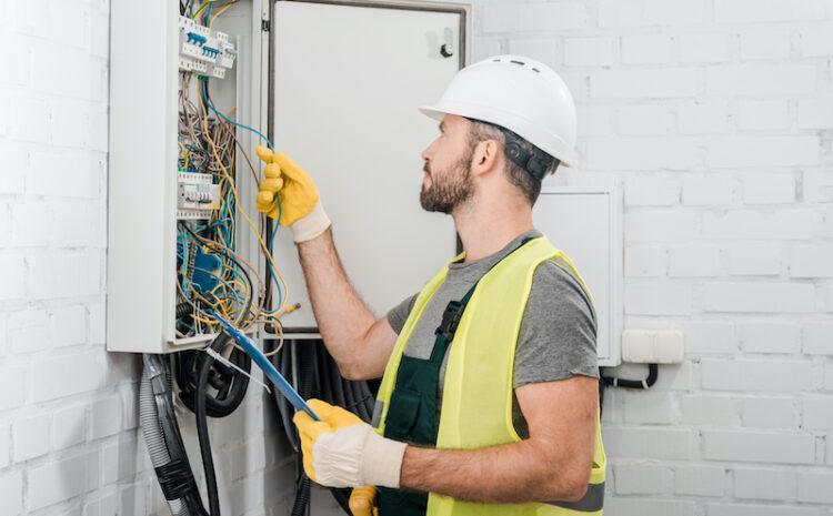 De ce sa colaborezi cu o firma de instalatii electrice