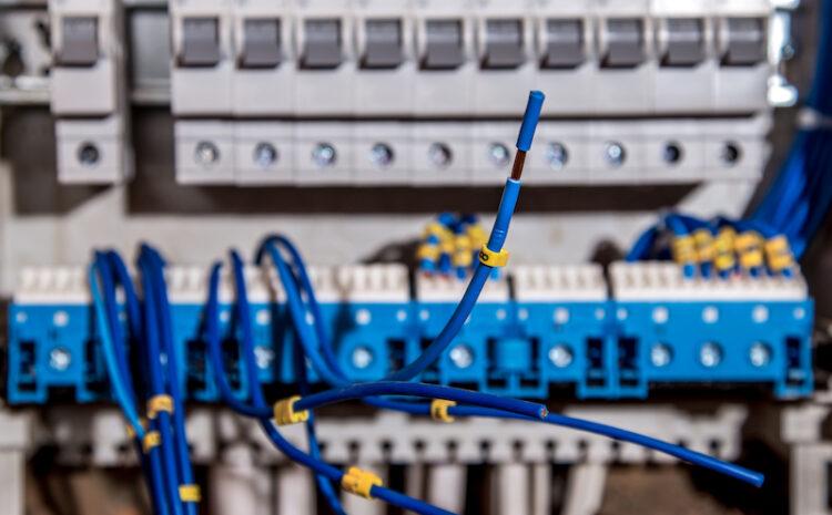 Atentie la cablurile electrice defecte!